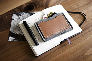 ALPHA-CARD-WALLET-IN-ANTHRACITE2