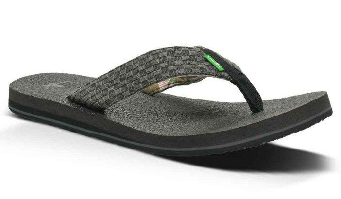 sanuk-mens-flip-flops-main | BEST MENS SANDALS