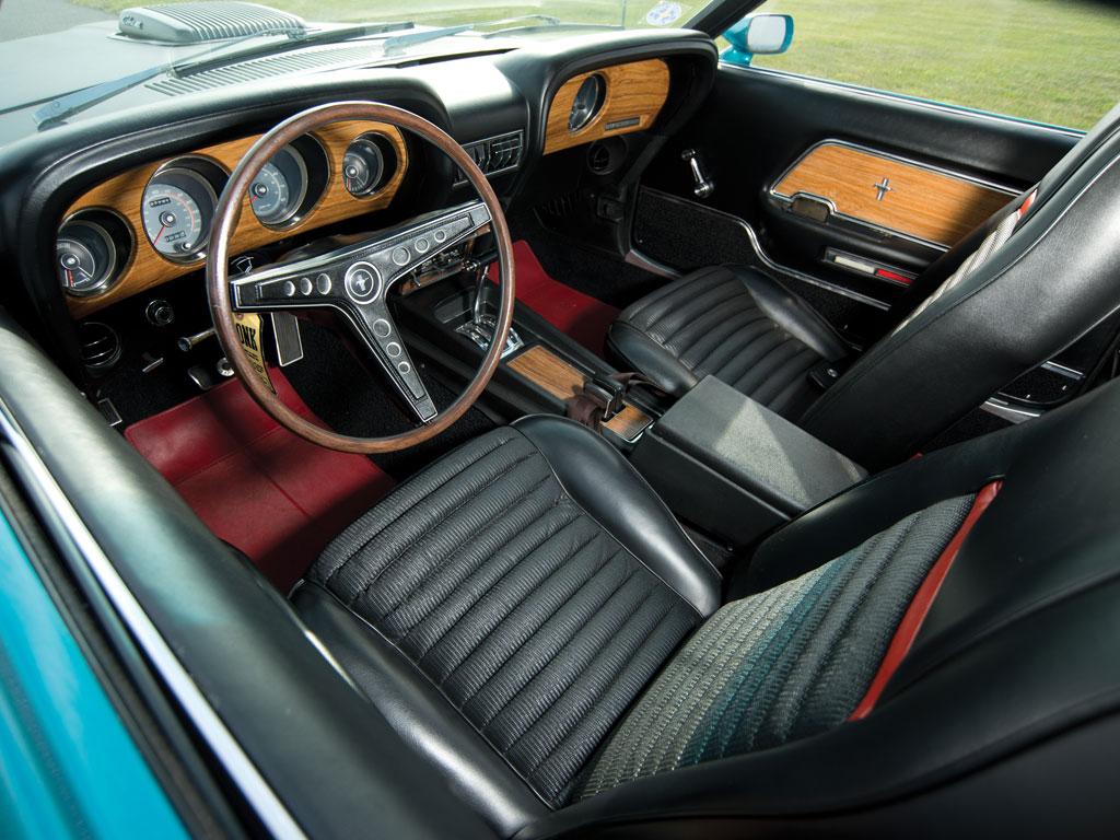 1969-Ford-Mustang-Mach-1-Cobra-Jet_004