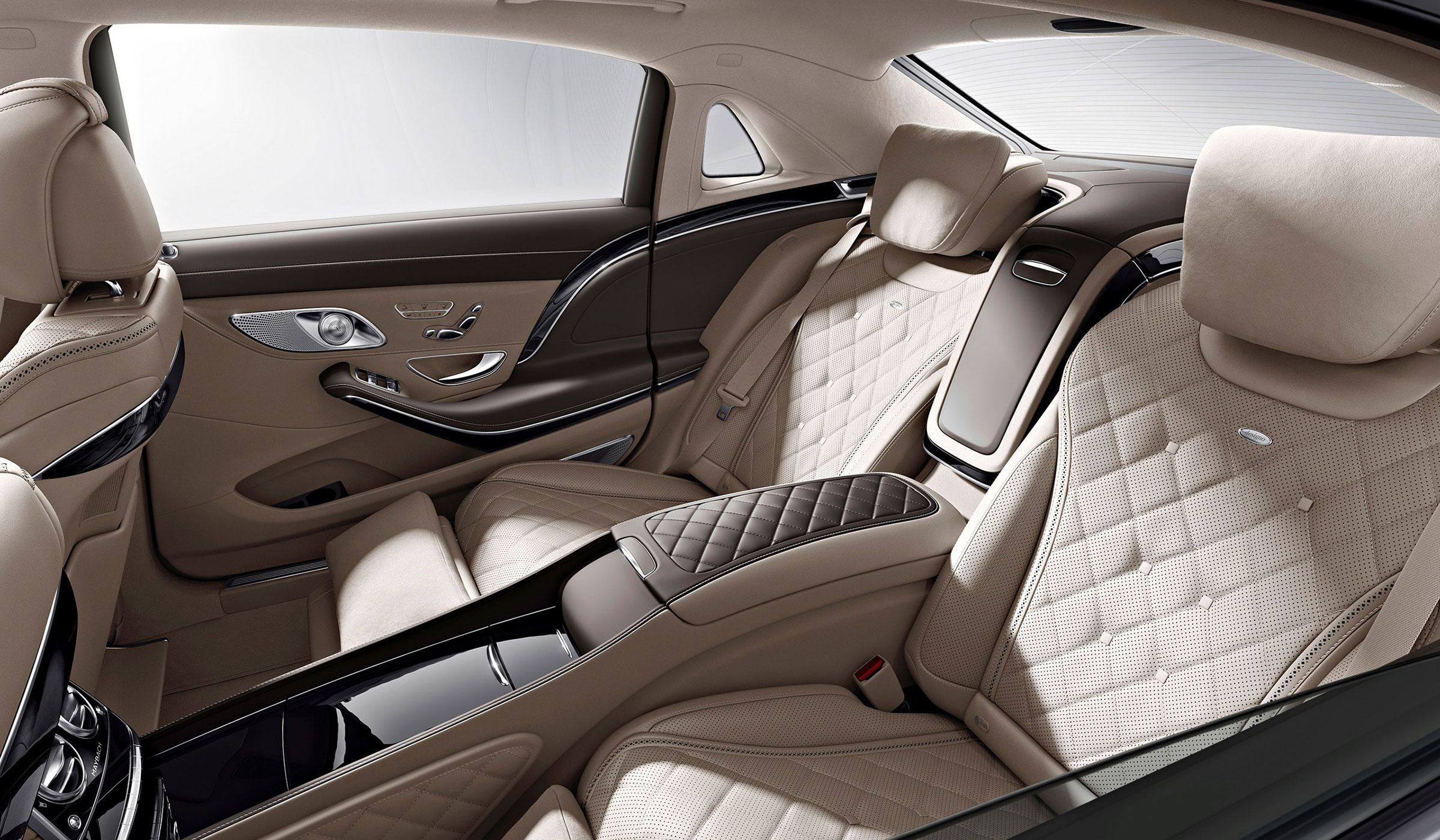2015-S-CLASS-S600-MAYBACH-FUTURE-GALLERY-006-WR-D