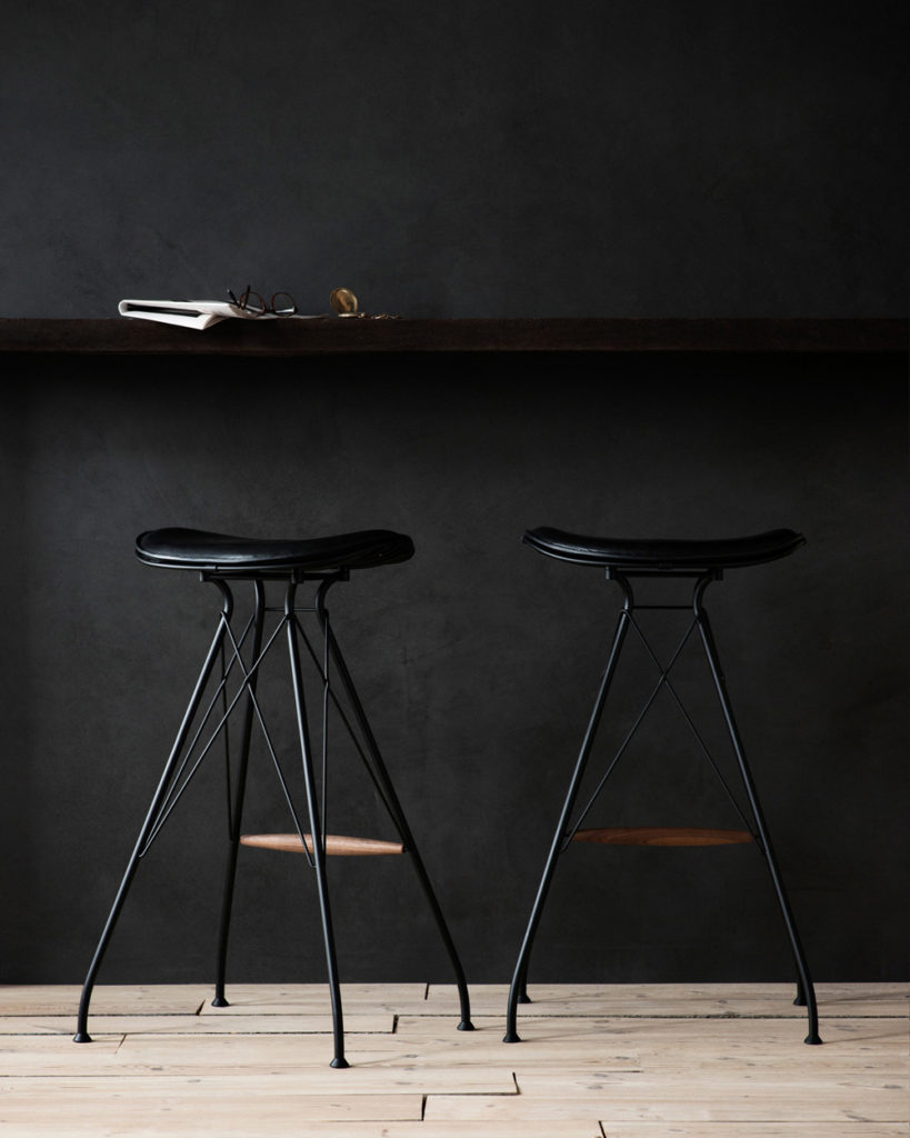 overgaard_dyrman_wire_bar_stool_01