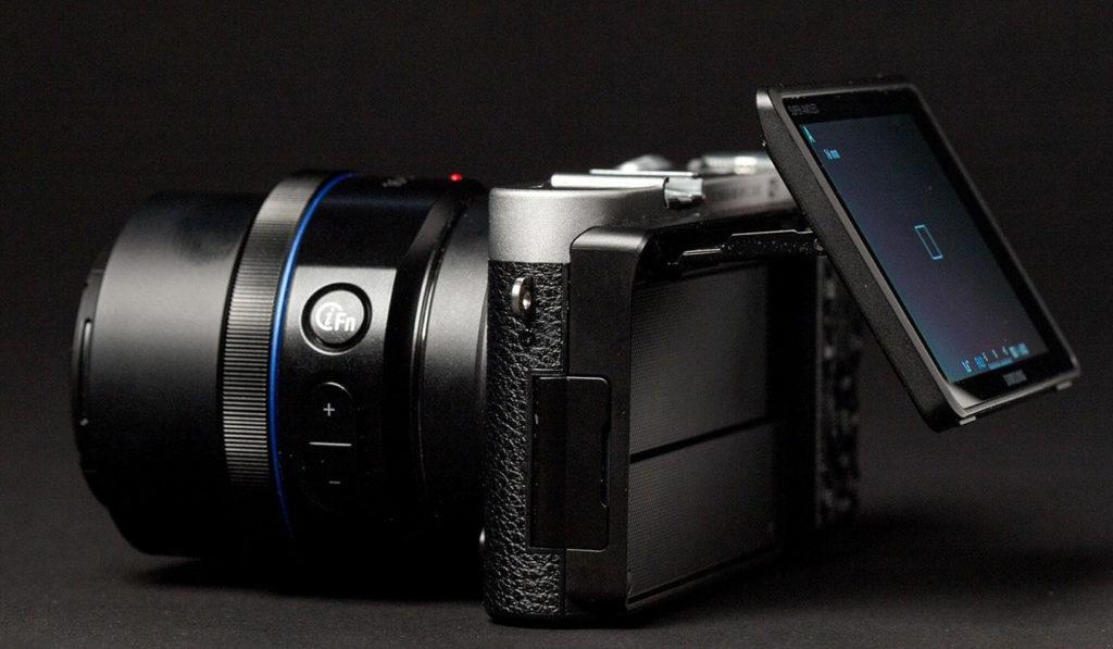 Samsung-NX500-Camera-1