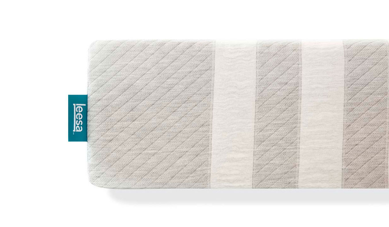 leesa-mattress-cover-01   leesa mattress review