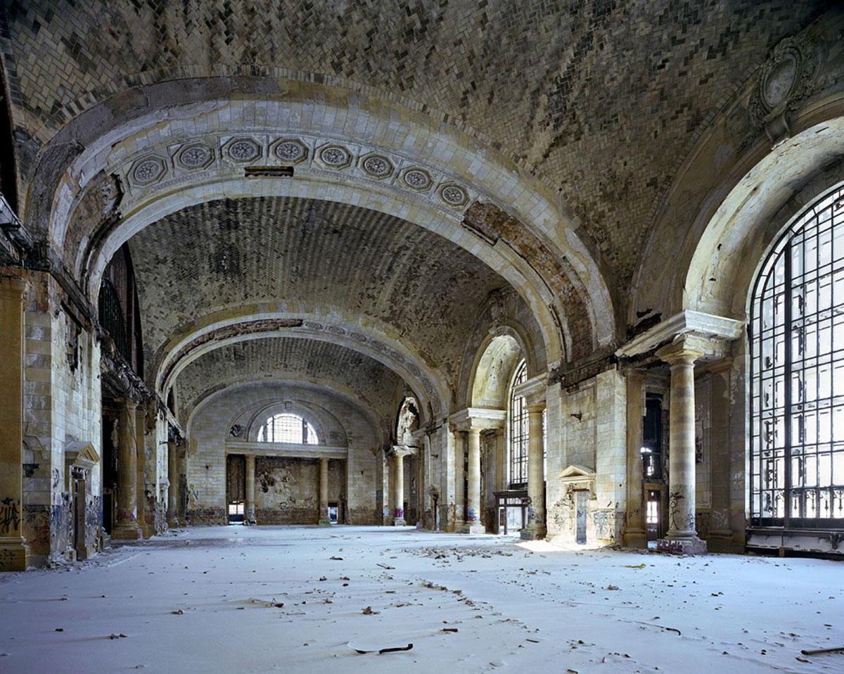 the-ruins-of-detroit-03