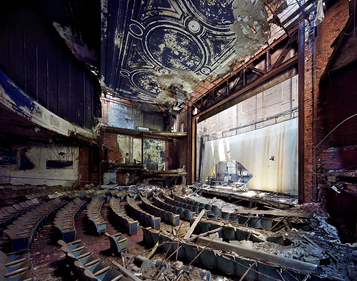 the-ruins-of-detroit-12