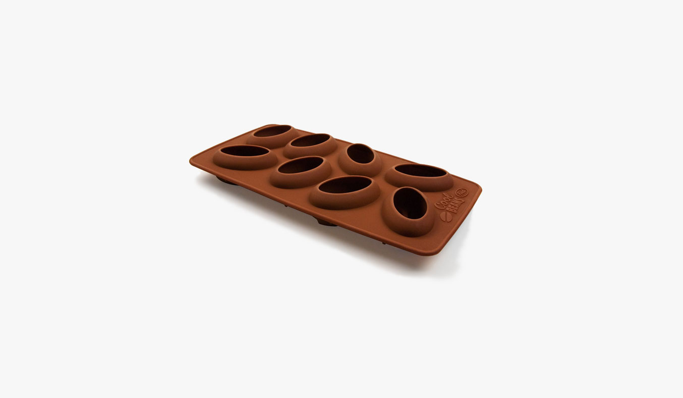Fred-and-Friends-Cool-Coffee-Beans-Ice-Cube-Mould-01