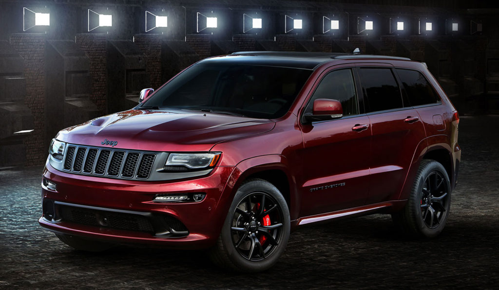 2016-Jeep-Grand-Cherokee-SRT-Night-front-side-view