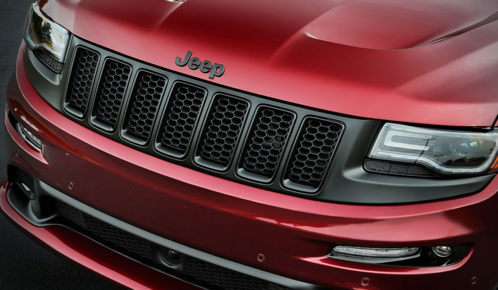 Jeep-SRT-Night-Edition-02