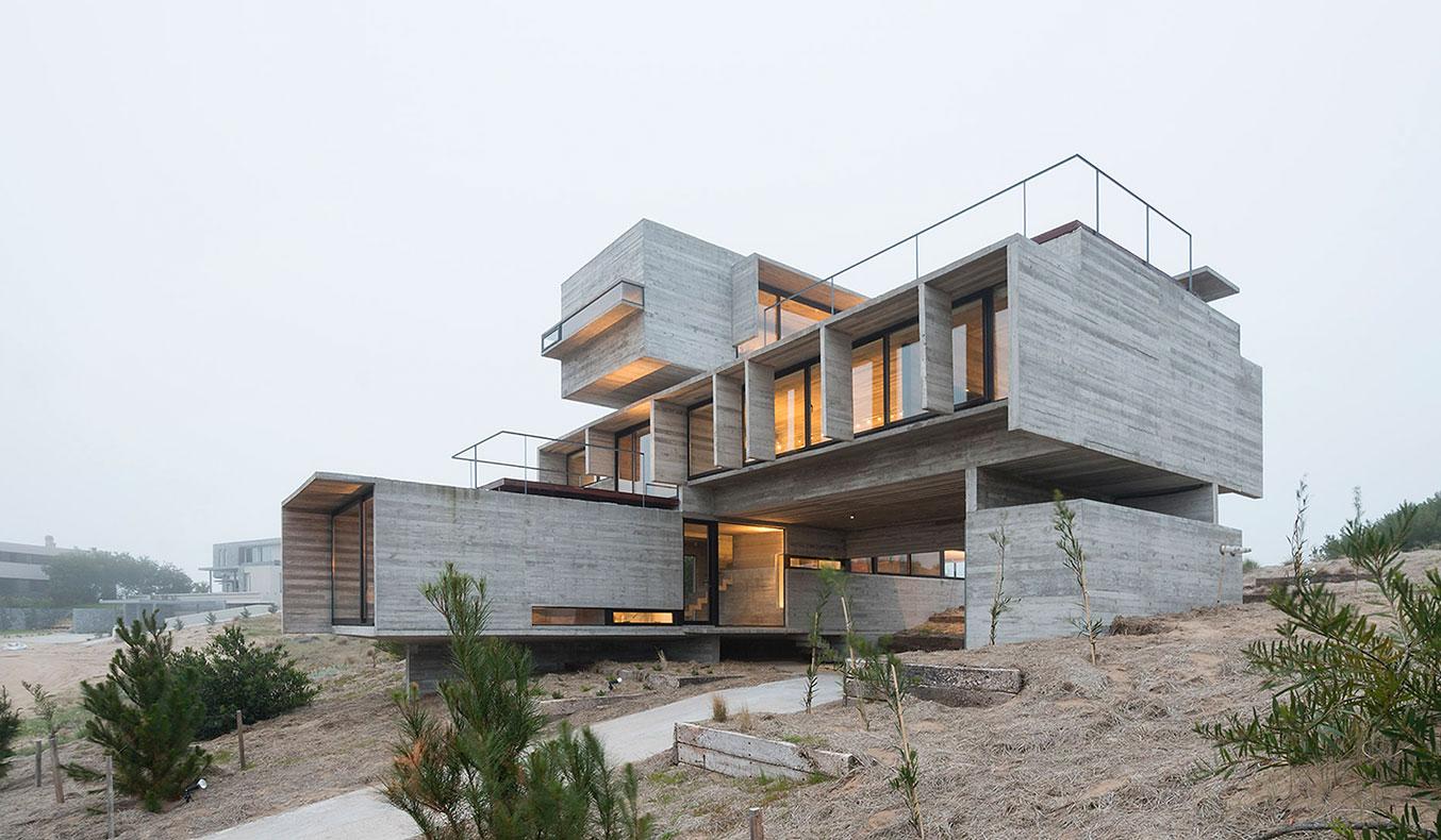 Golf-House-By-Luciano-Kruk-7