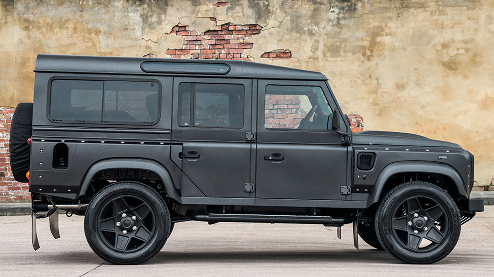 Defender-4x4-The-End-Edition-By-Project-Kahn-85568