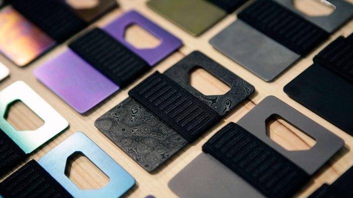 Spine Titanium Slim Wallet | cool mens wallets