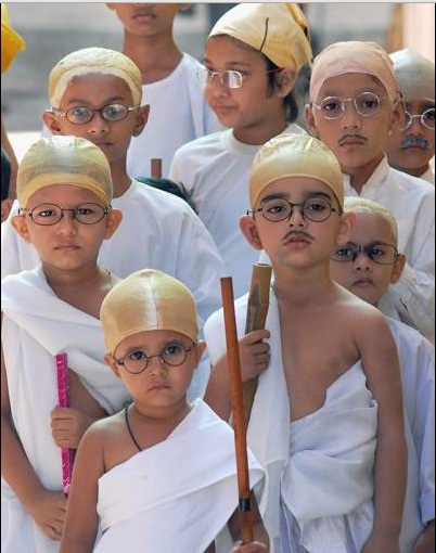 How to dress up a child as Mahatma Gandhi