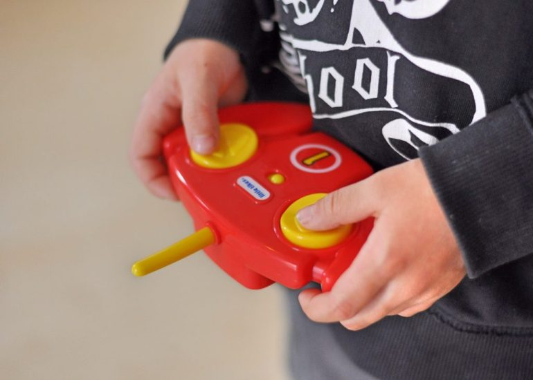Tire Twister - ferngesteuertes Auto für Kinder ab 3 Jahren, Produikttest auf Mutter&Söhnchen