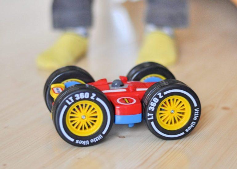 Tire Twister von Little Tikes, ferngesteuertes Auto für Kidner ab 3 Jahren, Produkktest auf Mutter&Sähnchen