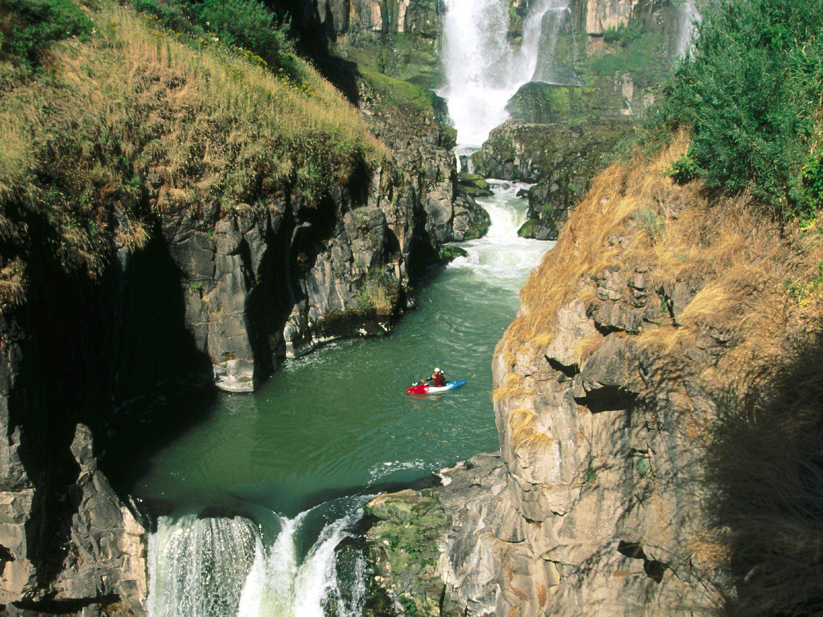 Looking Glass Falls Wallpaper The World S Best Views Muttidolls