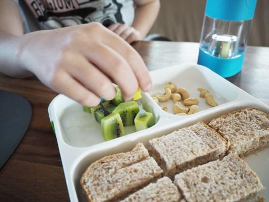 3 Must-haves für die Schuljause: nuapua Trinkflasche, Monsterspießchen und eine wirklich gute Brotdose