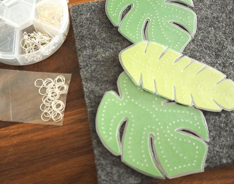 DIY-Ohrringe aus Papier und Fimo