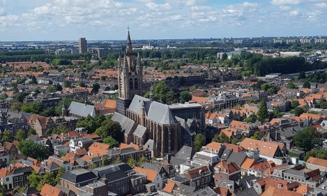 Delft mit Kind