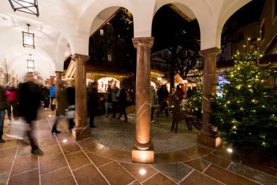 Weihnachtsmarkt in den Sternarkaden© Sternadvent