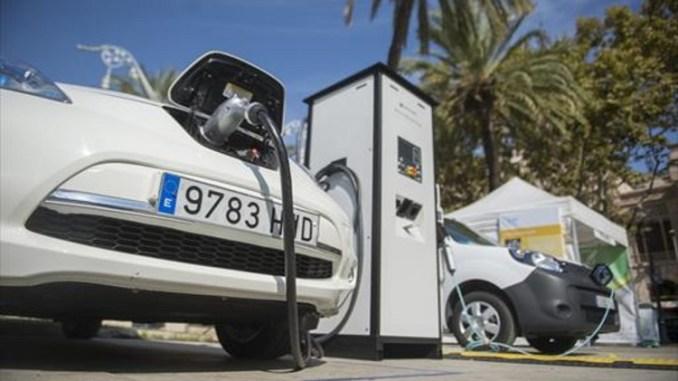 Crecen las pólizas para coches eléctricos