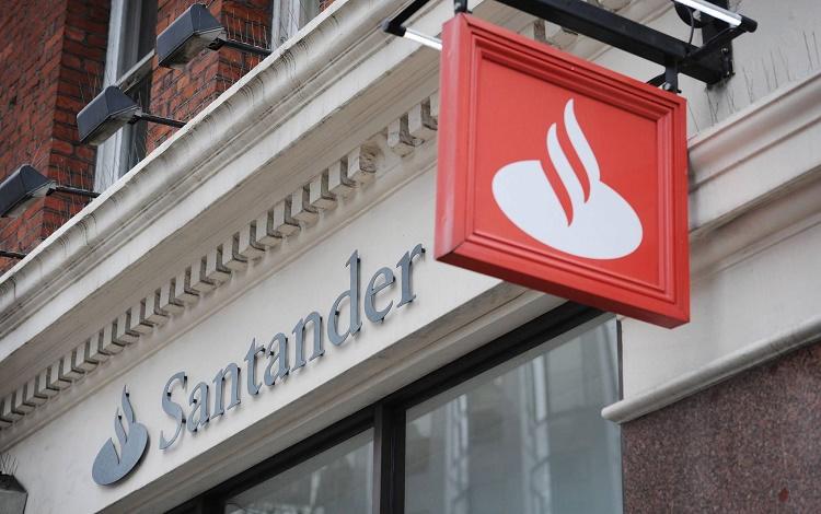 Santander presenta en España su agregador de cuentas de bancos extranjeros