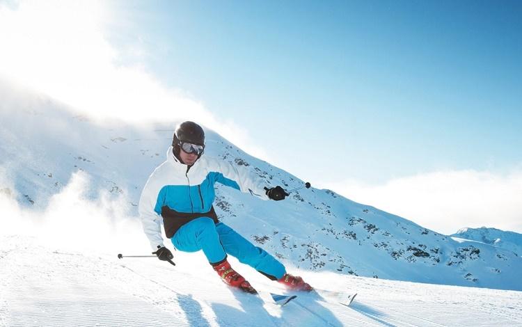 ¿Por qué no deberías ir a esquiar sin tener un seguro?