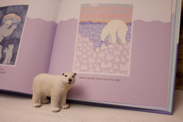 nanuk the ice bear_659_v