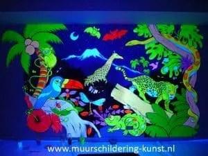blacklight muurschildering laten maken