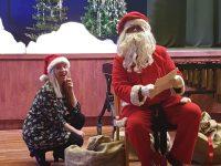 Jõuluvana koos päkapikk Margitiga