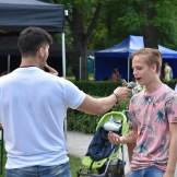 Stefan pani laulma ka noormehe publikust