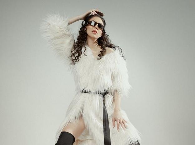 Eesti Laul 2020: Laura Break Me LIVE - YouTube
