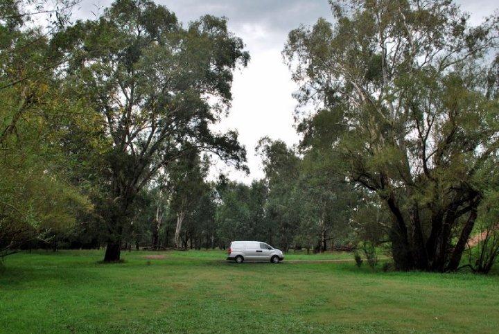 Autolla Australian ympäri