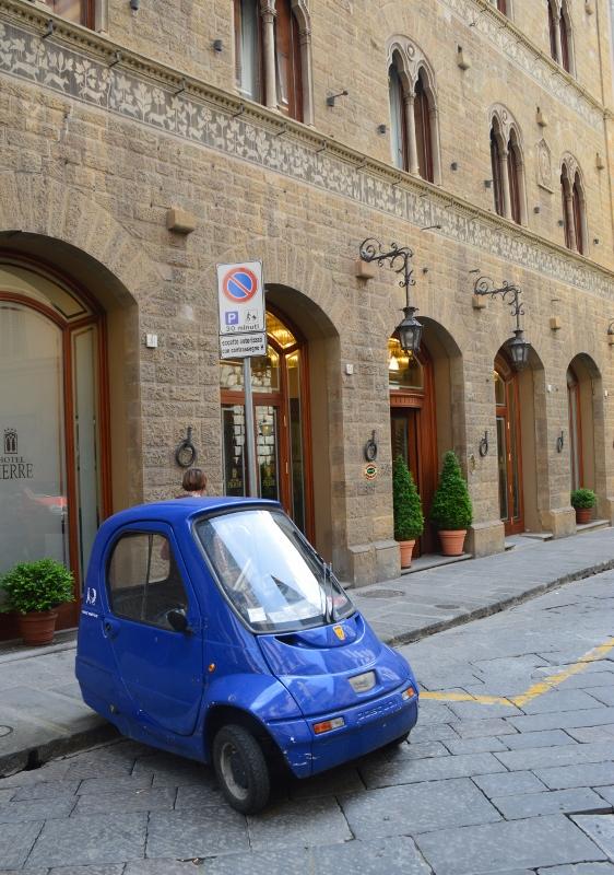 Italian pienet autot