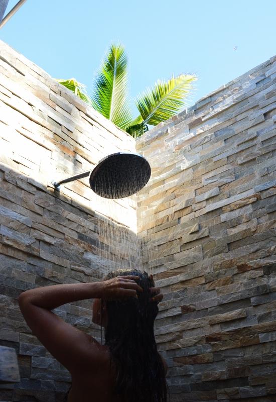 Ulkoilmakylpyhuone Fidzillä