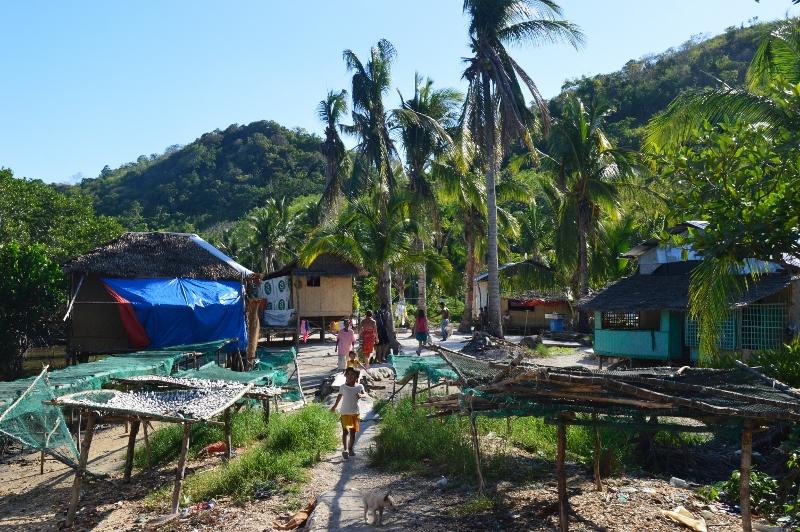 Filippiiniläisessä kalastajakylässä