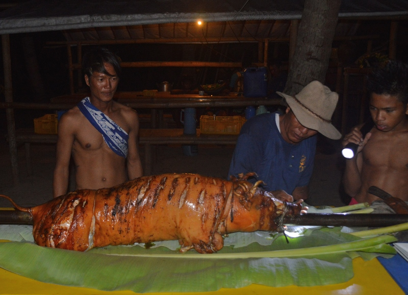 filippiiniläinen lechon