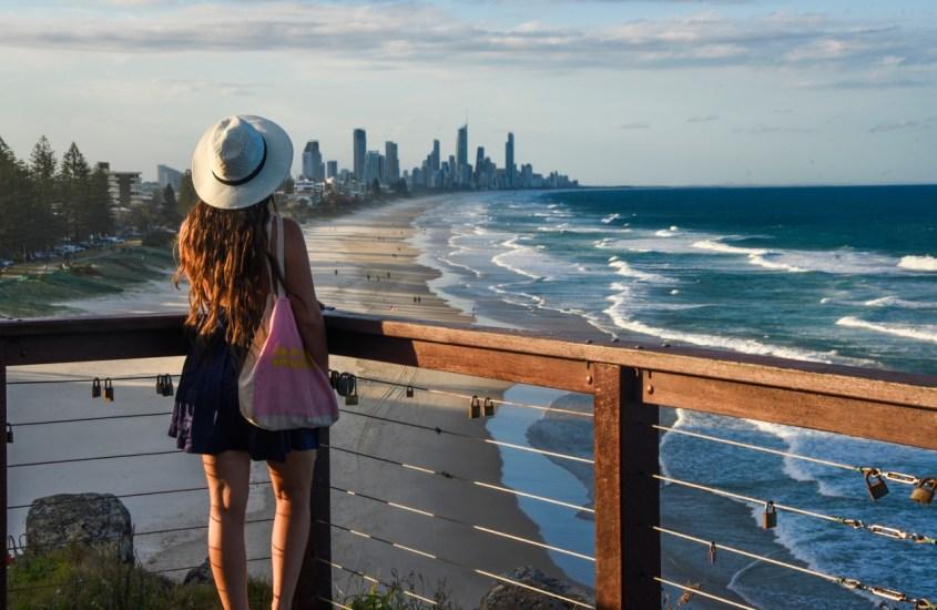 Hedonistisen Gold Coastin rauhallisempi puoli