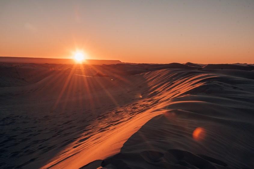auringonlasku Saharassa