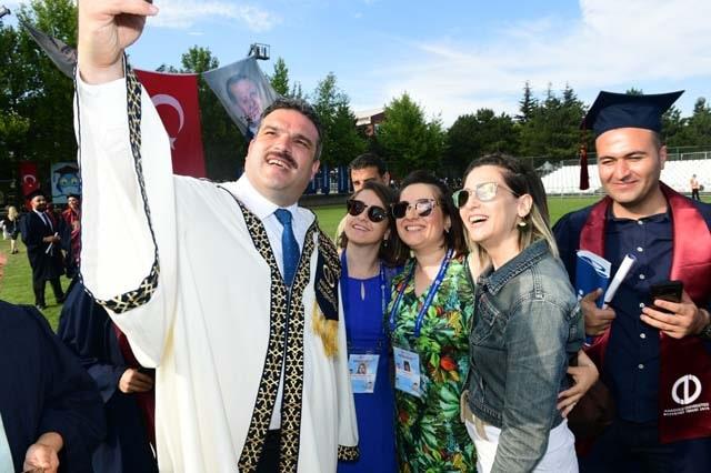 جامعة حكومية تركية