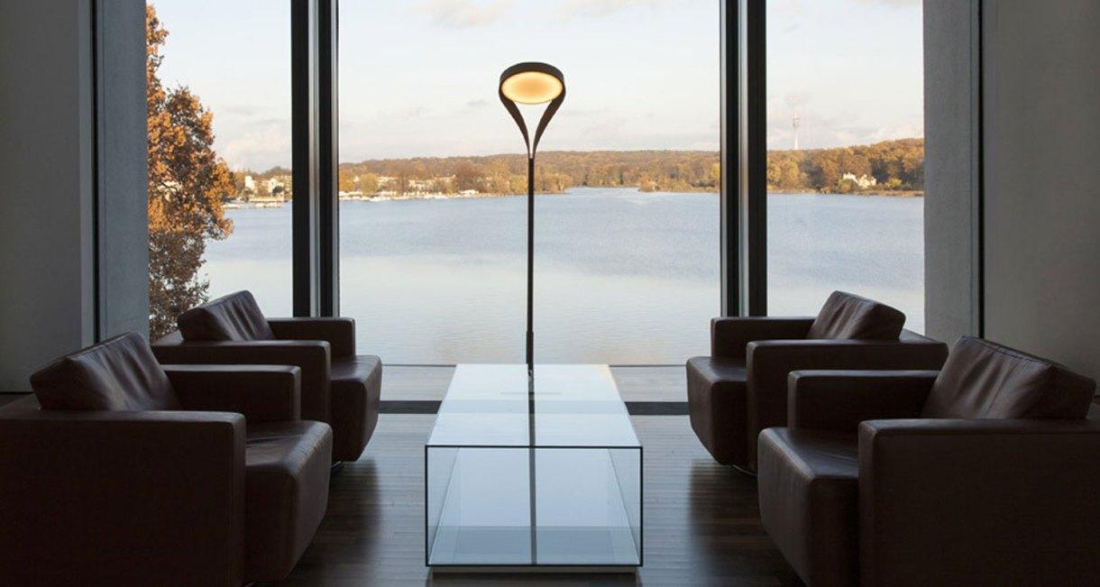 LUX-FAGUS-wood-floor-lamp-interior