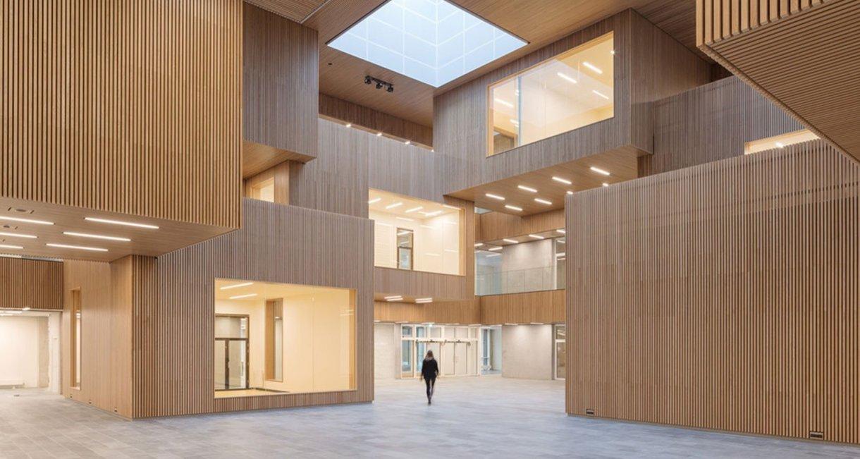 Life-Science-Bioengineering-oak-wood-building-first-floor