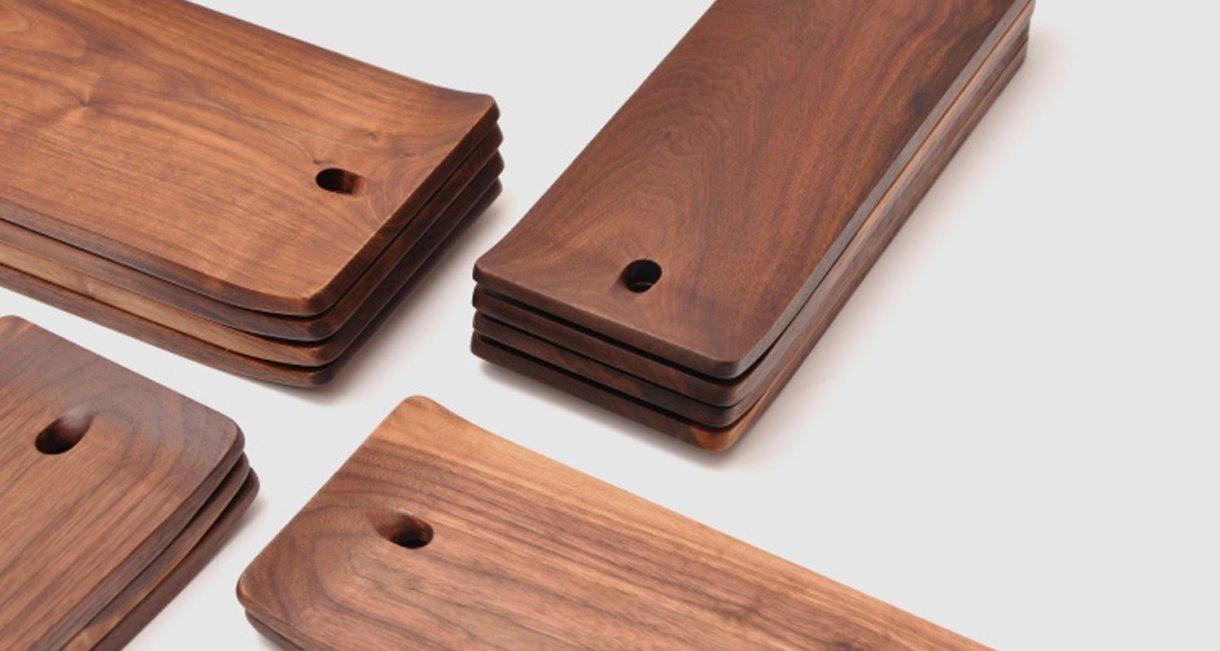 walnut-cutting-board-beatiful-woodgrain
