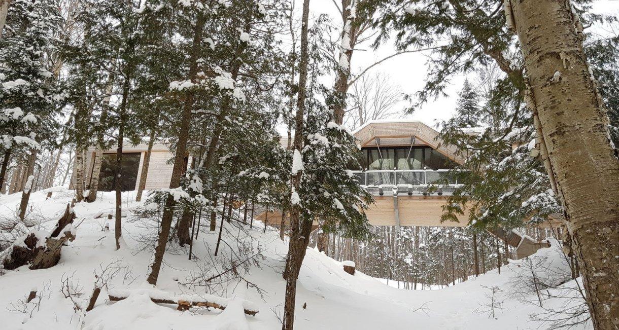 Bridge-House-LLAMA-urban-design-winter-snow