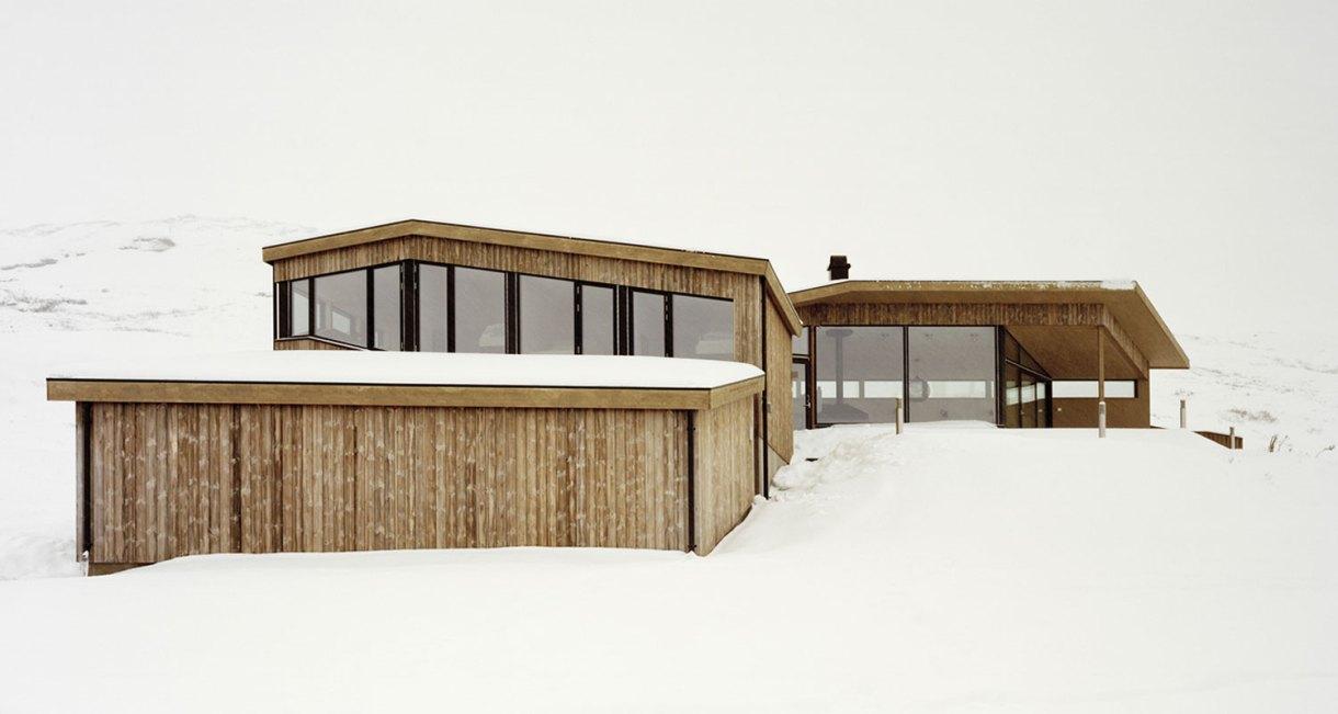 Gubrandslie-Cabin-Helen-Hard-architects-front