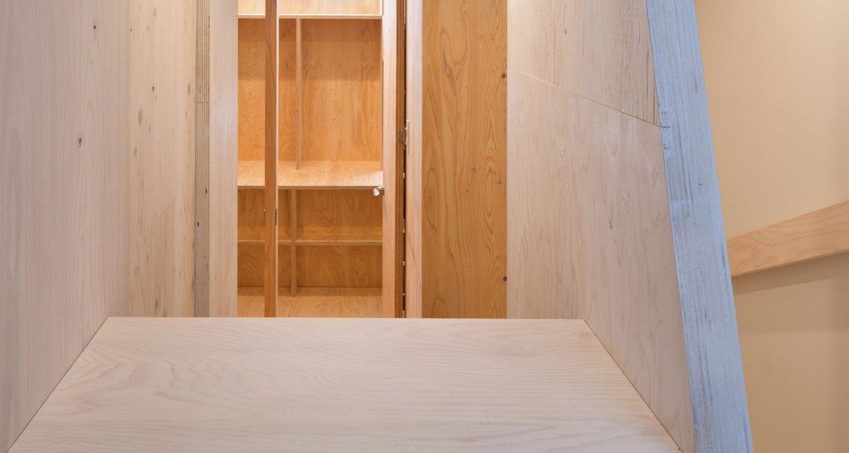 YMT-House-japanses-samll-living-space-8