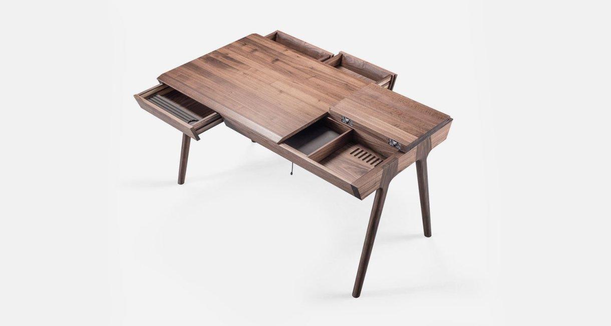 metis-desk-Gonçalo-Campos-small-desk2