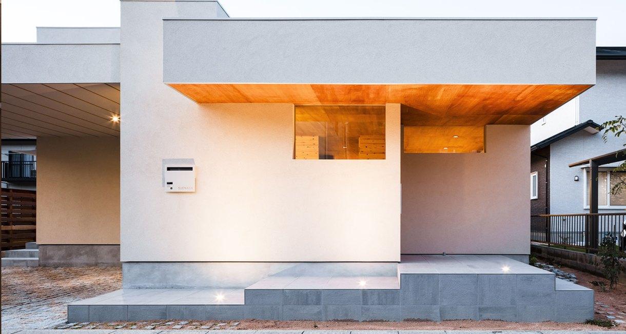 Three-storage-places-and-Eight-roofs-Kakinomifarmarchitects-4