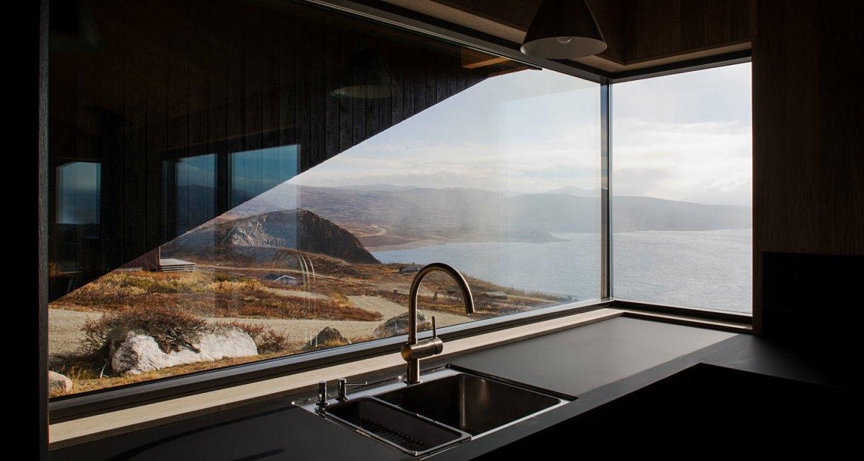 hooded-cabin-Arkitektærelset-Norwegian-architectural-studio-6