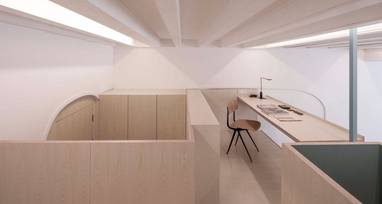 U-shape-room-compact-living-space-Atelier-tao+c-3