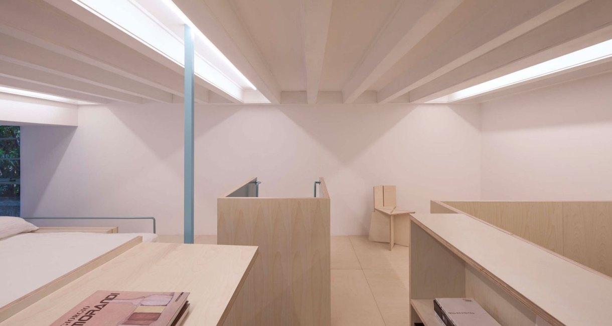 U-shape-room-compact-living-space-Atelier-tao+c-4